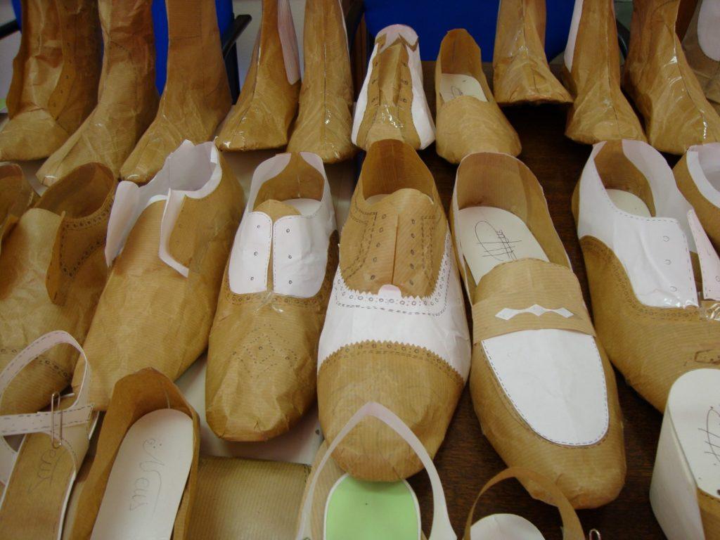 1 13 Asociación de fabricantes de calzado de Menorca
