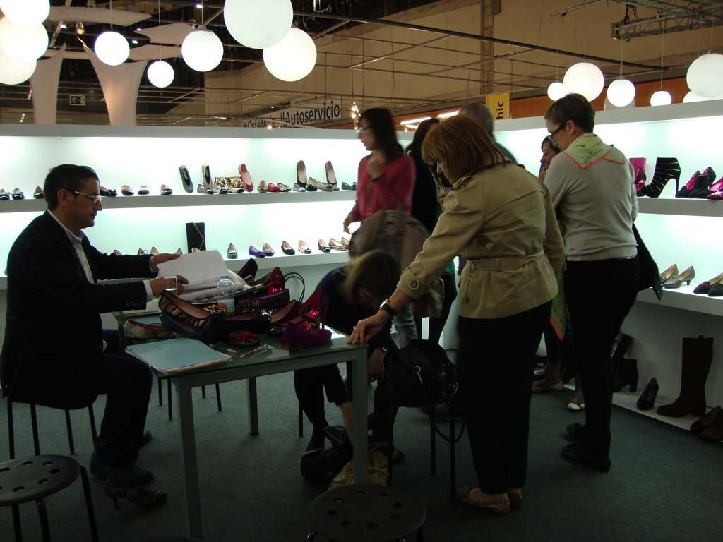17 1 Asociación de fabricantes de calzado de Menorca