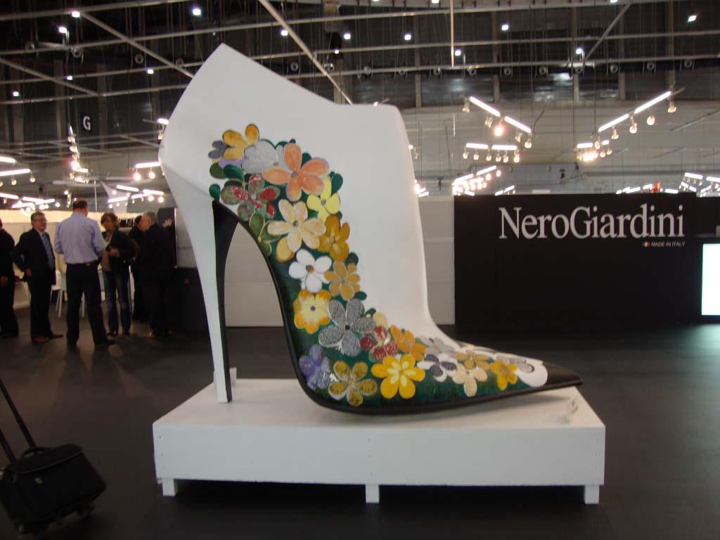 2 14 Asociación de fabricantes de calzado de Menorca