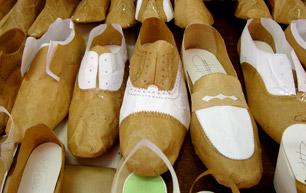 hehehehe Asociación de fabricantes de calzado de Menorca