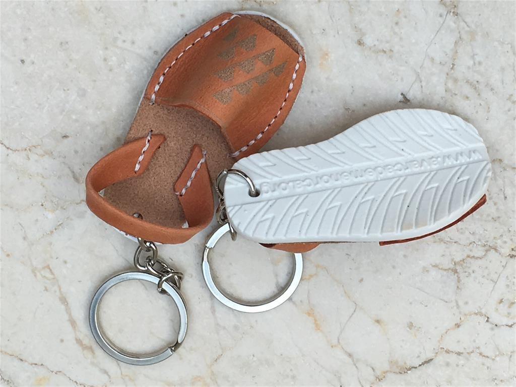 q5 rotated Asociación de fabricantes de calzado de Menorca